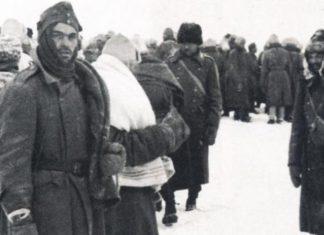 Hitler invade la Russia - Soldati in ripiegamento su Fronte Russo