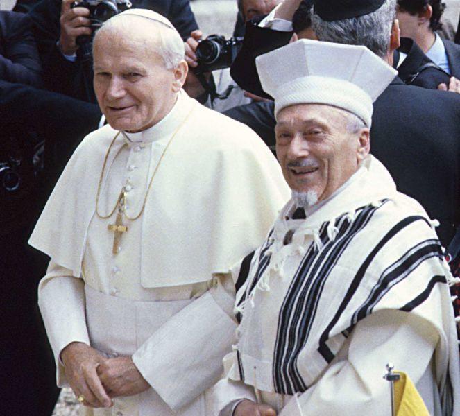 Incontro storico alla sinagoga di Roma