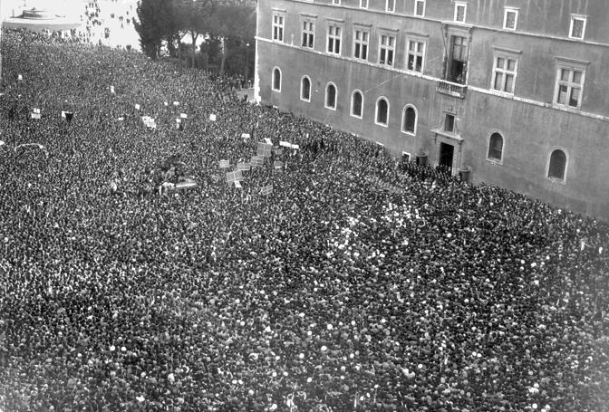 L'Italia entra in guerra, l'annuncio di Mussolini