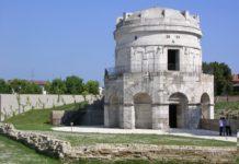 Mausoleo di Teodorico a Ravenna, VI secolo d.C., esterno, in pietra d'Istria.