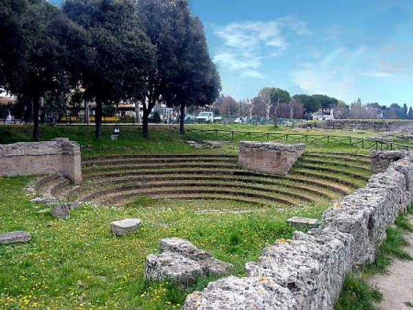 Anfiteatro-Paestum
