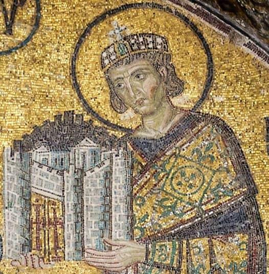 Mosaico raffigurante l'imperatore romano Costantino I, particolare, Basilica diSanta Sofia (Instanbul, Turchia)