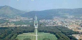 Luigi Vanvitelli, Reggia di Caserta, veduta aerea.