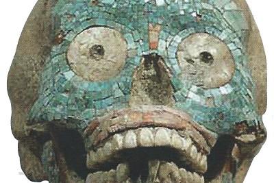 Tescio lavorato a mosaico, 1400-1521 c.ca, osso, giada e conchiglie. Los Angelese, County Museum of Art