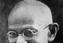 Gandhi, il Mahatma, la Grande Anima.