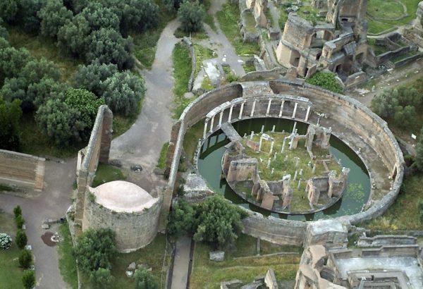 Teatro marittimo, 118-138 d.C. Tivoli, Villa Adriana.