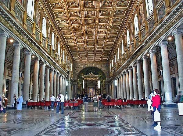 Santa Maria Maggiore a Roma, interno.
