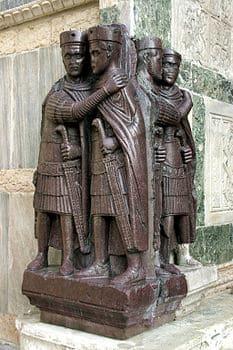 Il gruppo dei tetrarchi di Venezia, descrizione