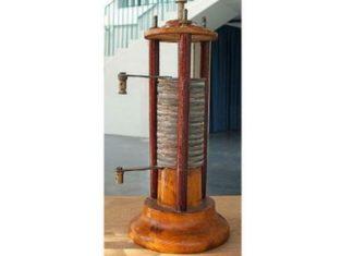 Pila di Alessandro Volta in esposizione a Treviglio