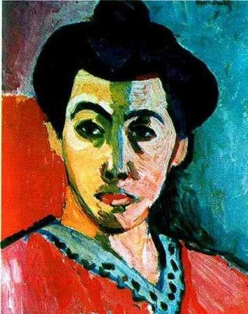 donna con cappello e la linea verde