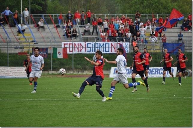 Unicusano Fondi Calcio in Lega Pro