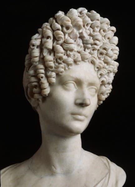 capelli nell'antichità: stii e mode