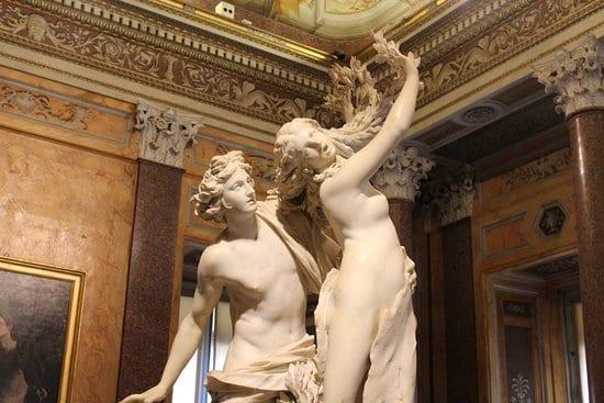 Gian Lorenzo Bernini, Apollo e Dafne, 1622-1625, marmo, h. 243 cm. Roma, Galleria Borghese
