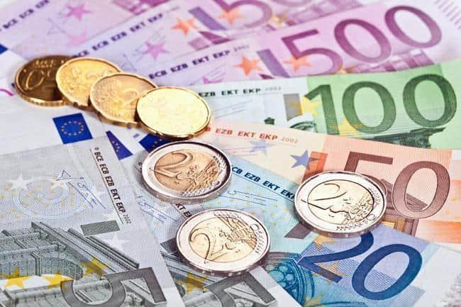 Euro: storia della moneta unica europea, vantaggi e conseguenze negative