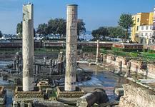 Tempio di Serapide, esempio di bradisismo in Italia
