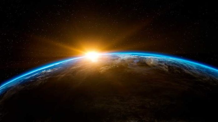 Il movimento che la Terra compie intorno al Sole è il moto di rivoluzione