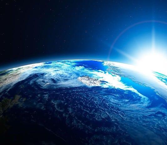 La nascita della Terra dopo il Bing Bang