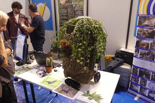 Barbalbero: robot-albero per la salvaguardia dell'ambiente