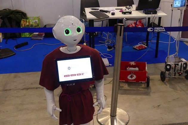 Pepper: Social Robot umanoide che parla e comprende il linguaggio umano