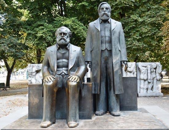 Engels, Fiedrich: vita, opere, pensiero